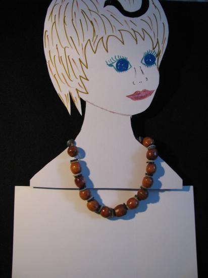 collier-perles-bois.jpg