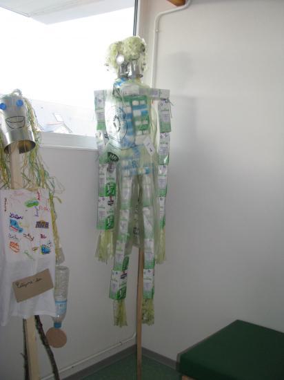 recyclo-lepouvantail-rigolo-008.jpg